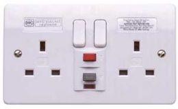 MK 2G 13A RCD Socket 30mA Passive K6233 WHI