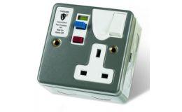 Timeguard Active Single RCD Metal Socket